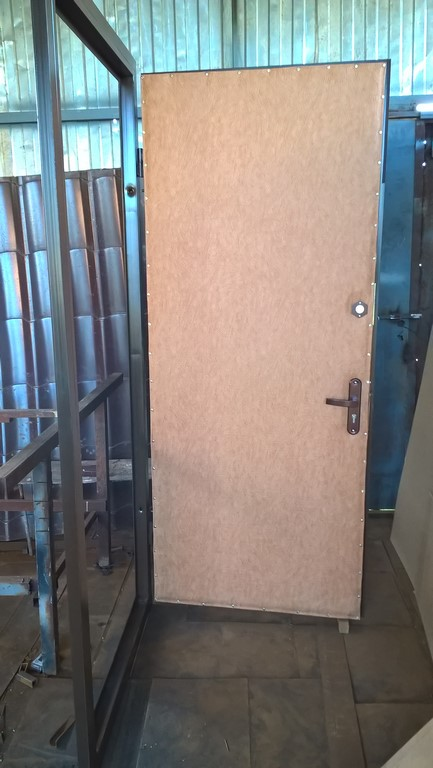 металлические двери зеленоград клин завод