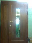 Дверь под шпон с боковым доборами зеркалом с наружи