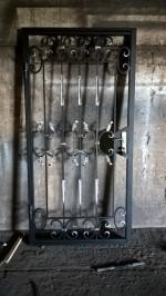 Решетчатые стальные двери