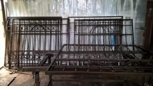 Стальные решетки с пиками