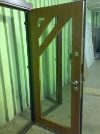 Двери в цеху