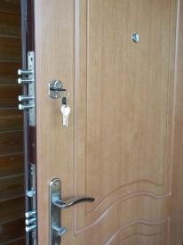 Утепленные стальные двери