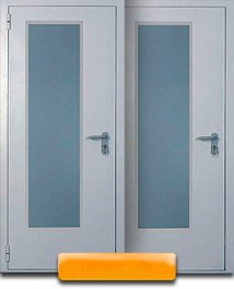 Дверь с продольным стеклопакетом